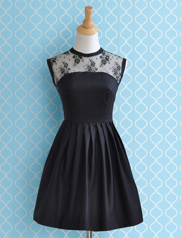 Loving this LBD! Depending on the materials used, it can be easy to adapt this look for morning and evening.