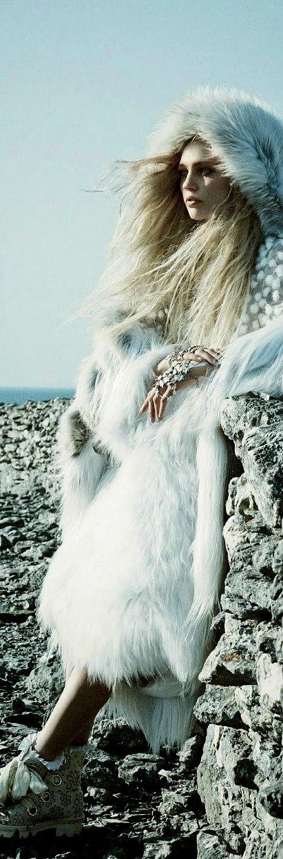 Billionaire Club / karen cox. The Glamorous Life.  Ski and Apres Ski:  Call Of The Wild: Sasha Pivovarova