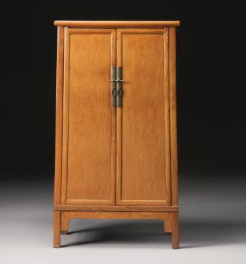 A HUANGHUALI TAPERED CABINET (YUANJIAOGUI) LATE MING / EARLY QING DYNASTY, 17TH CENTURY - Sotheby's