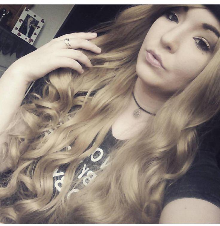 @charlottealicecollier Looking gorgeous in Lush style: Fawn  . #lushwigsfawn #lushwigs #wig #lushhair  Lushwigs.com (link in bio)