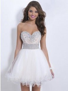 A-line/Princess Sweetheart Sleeveless Embroidery Short/Mini Organza Cocktail Dresses