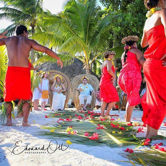 Polynesian dance show @boraboraphotosvideos #borabora #FrenchPolynesia #island #tahiti #paradise #southpacific #sun #beach #sunrise #amazing #dream #holidays #beautiful #bestvacations #photooftheday #picoftheday #photodujour #wedding #polynesian #EdouardOTT #instagood #love #instatravel #honeymoon #wonderful_places #summer #ocean #sea #travel #islandlife