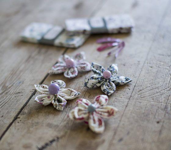 DIY - Fabric flower accessories
