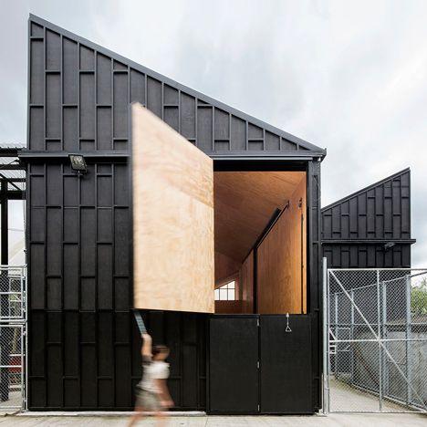 Monk Mackenzie and Glamuzina Patterson<br /> create angular giraffe shelter at Auckland Zoo