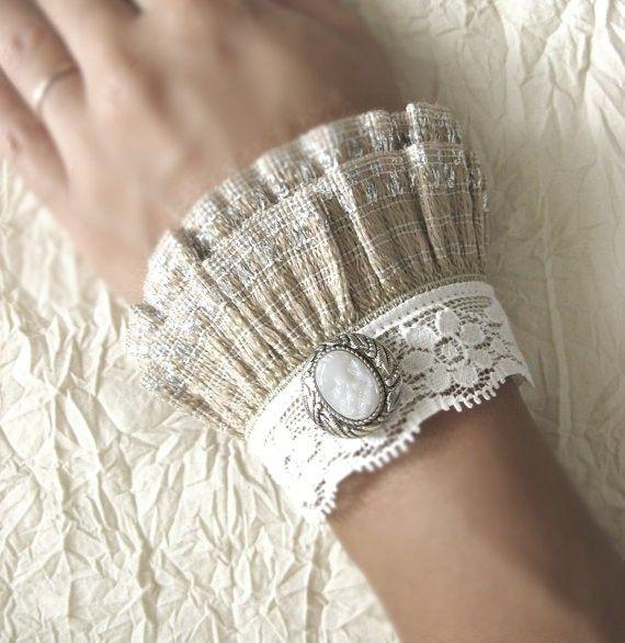 Victorian style wrist cuffs fashion-i-love  So easy to make!