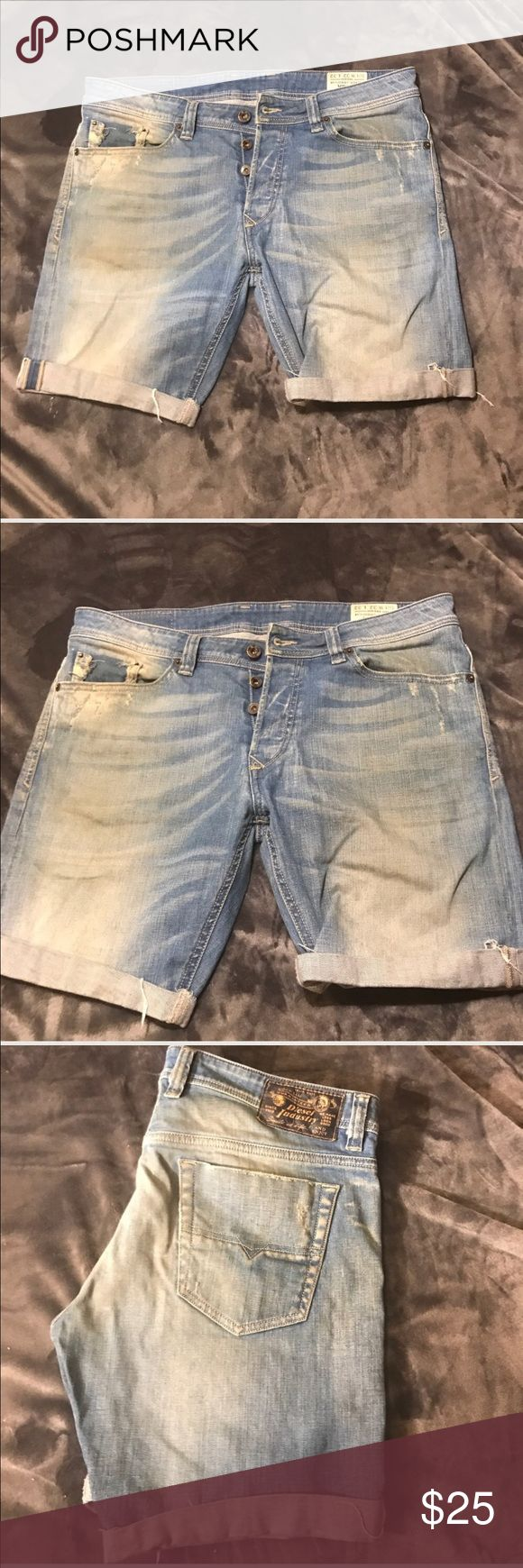 Diesel Viker jeans denim shorts Vintage. W32  but they don't stretch so would better fit 30 show signs of wear. Not as visible in hands as the light show on pictures. Specially on front on wrinkles. Great if you want to DIY distress shorts. Bolt fly. Diesel Shorts Jean Shorts