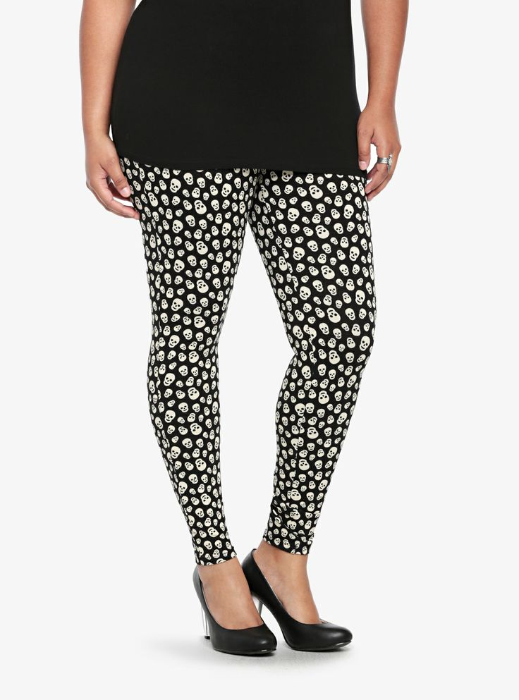 Classic and chaotic, these full-length skull print leggings bring mad style  to any outfit.