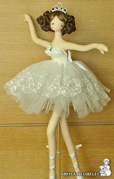 Ballerina Doll Pattern  In Russian but translatable.