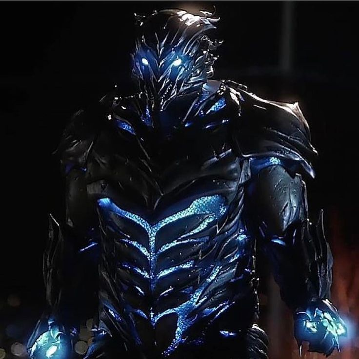 Who do you think Savitar is?! comicsandcoffee The flash