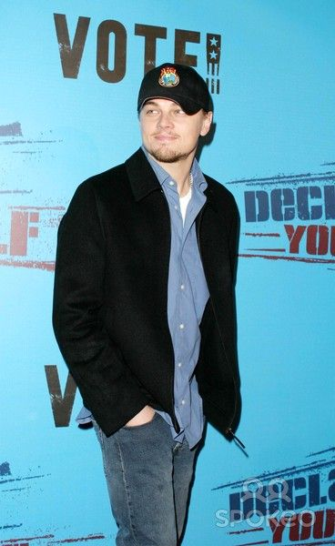 Leonardo Dicaprio - Declare Yourself - Hollywood Celebrates Democracy - Hollywood's Brightest Young Stars Join Producer Norman Lear to Support 'Declare Yourself' to Inspire Young Adults to Participate in the 2004 Election - Beverly Hills Post Office, Beve