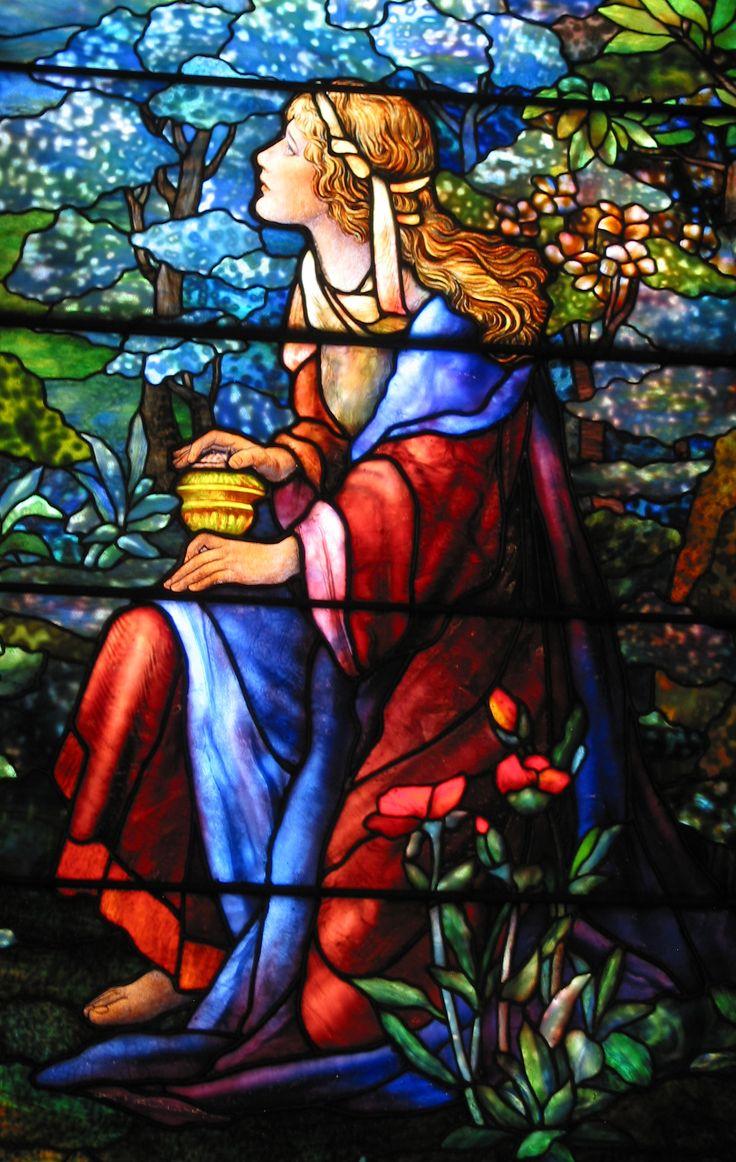 María Magdalena - Detalle ventana de Tiffany - Iglesia Luterana de San Marcos…