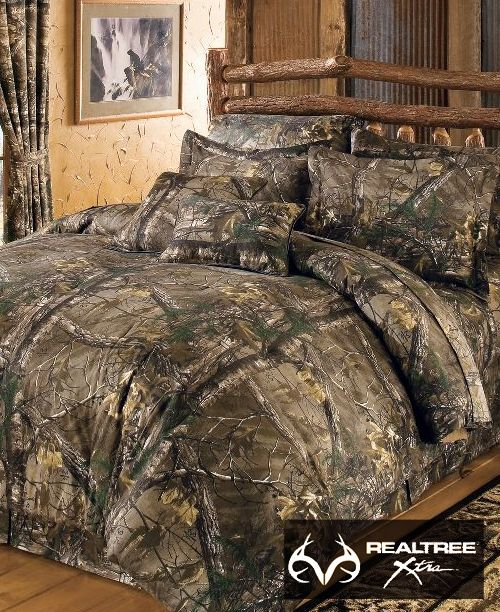 http://www.bkgfactory.com/category/King-Size-Comforter-Set/ Dress up your bedroom with a natural #NEW #RealtreeXtra camo bedding. This Complete 10-Piece #CamoBedding Set includes comforter; sheet set – fitted, flat, two pillowcases ; bed skirt; two shams; and two toss pillows. Comforter, bed skirt, sham and two toss pillows have a soft brushed twill 65/35 polyester/cotton top layer.