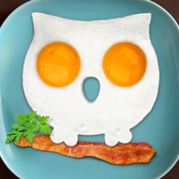 FUNNY SIDE UP OWL Egg Corral