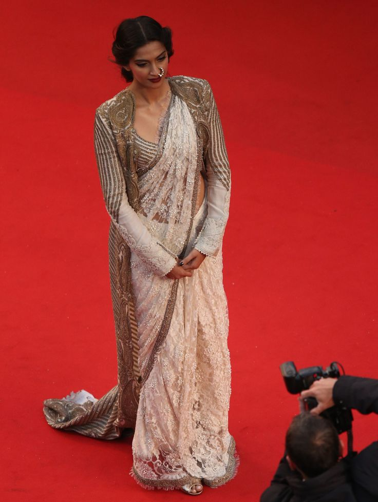 Sonam Kapoor in Shehla Khan