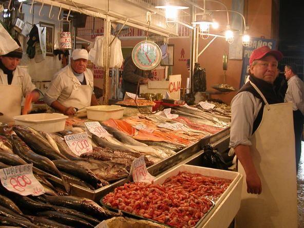 Resultados de la Búsqueda de imágenes de Google de http://www.tandemsantiago.cl/images/contentimages/fotos_tematicas/santiago/Santiago_Fish_market.JPG