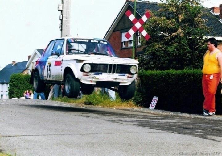 Flying BMW 2002.