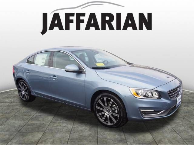 2017 Volvo S60 T5 Inscription FWD Sedan in Haverhill, Massachusetts