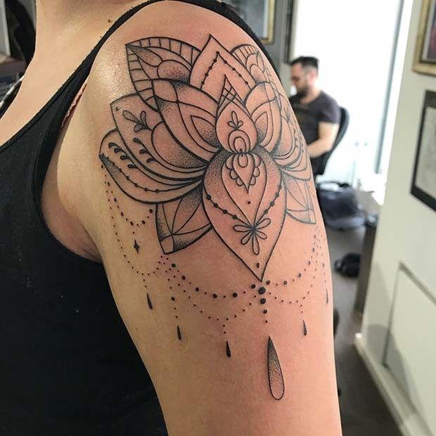 Pin De Mama Bear S World En Tattoos Tatuajes De Flor En El Hombro Tatuajes De Muneca De Flores Tatuajes Mandalas Hombre