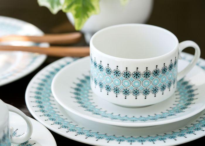 規則的に並んだ結晶模様 アラビア/ARABIA ロウヒ/Louhi コーヒーカップ&ソーサー