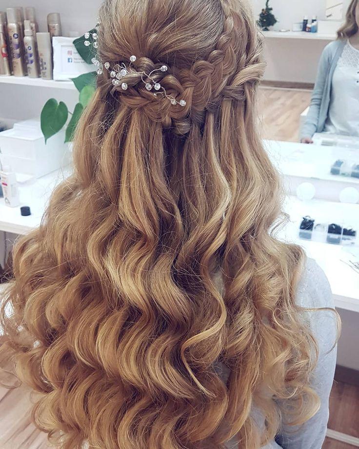 Dzień dobry w piateczek  Kto marzy o takich falach? Bo ja nieustannie  . . . #hairbyme #hairbyjul #hair #hairstyle #hotd #hairstyles #style #fashion #hairfashion #look #lookoftheday #longhair #blonde #polishgirl #instahair #hairofig #hairofinstagram #hairinspiration #hairgoals #lovehair #hairart #hairartist #weddinghair #weddinglook #weddibgstyle #bride