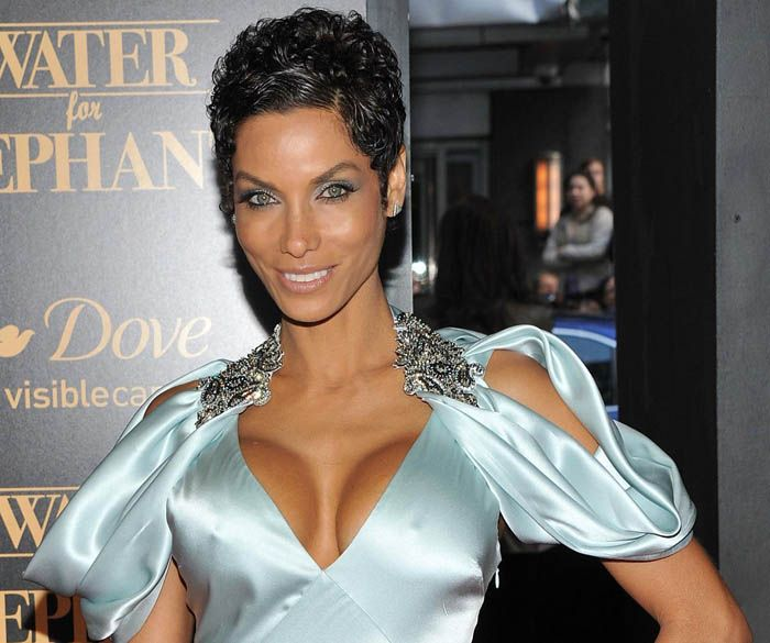 Nicole murphy, Short hairstyles and Shorts on Pinterest