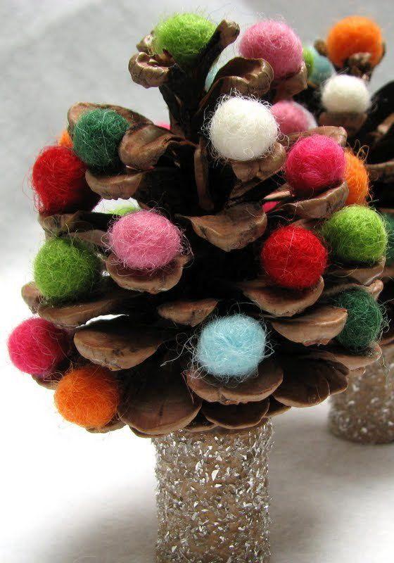 DIY unusual christmas tree, pinecone