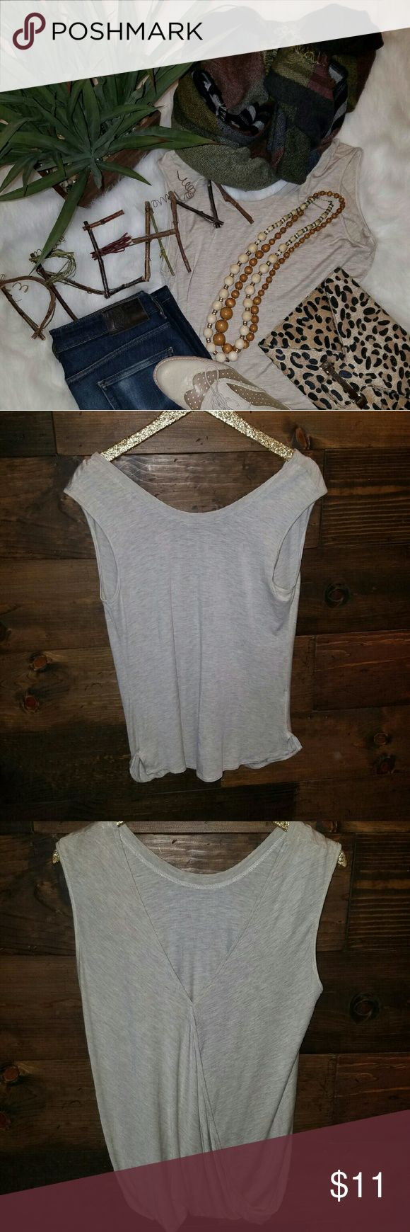 (Kim & Cami) Neutral beige tank Never worn, like new tank size medium. This tank is a great layering piece, and looks great alone with the gathered v neck back. Kim & Cami Tops Tank Tops