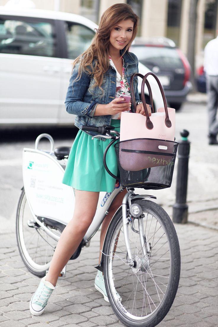 Klaudia Halejcio & O bag in the City ! We love it ! #fullspotbiarritz #obag #fullspot
