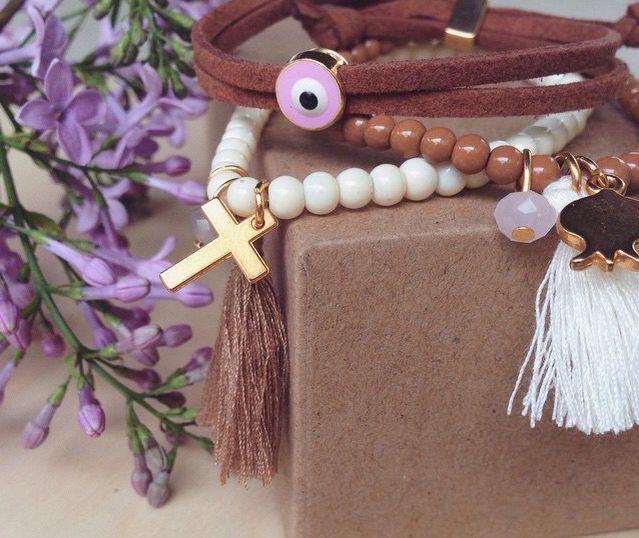 Bracelets & flowers