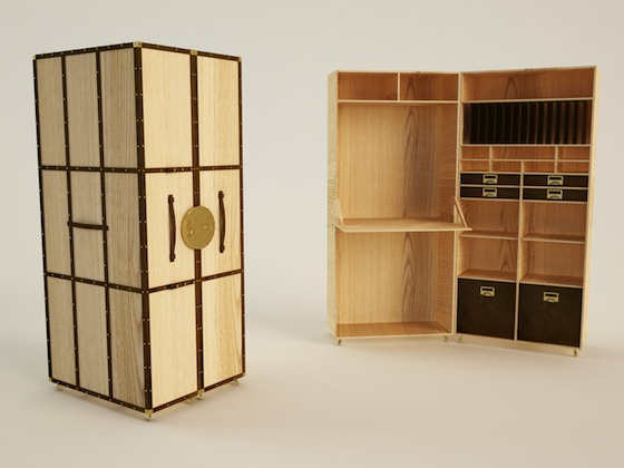 A portable office inspired by the traditional travellers cases with a multitude of compartments for organising your belongings.  http://danielduarte.pt/