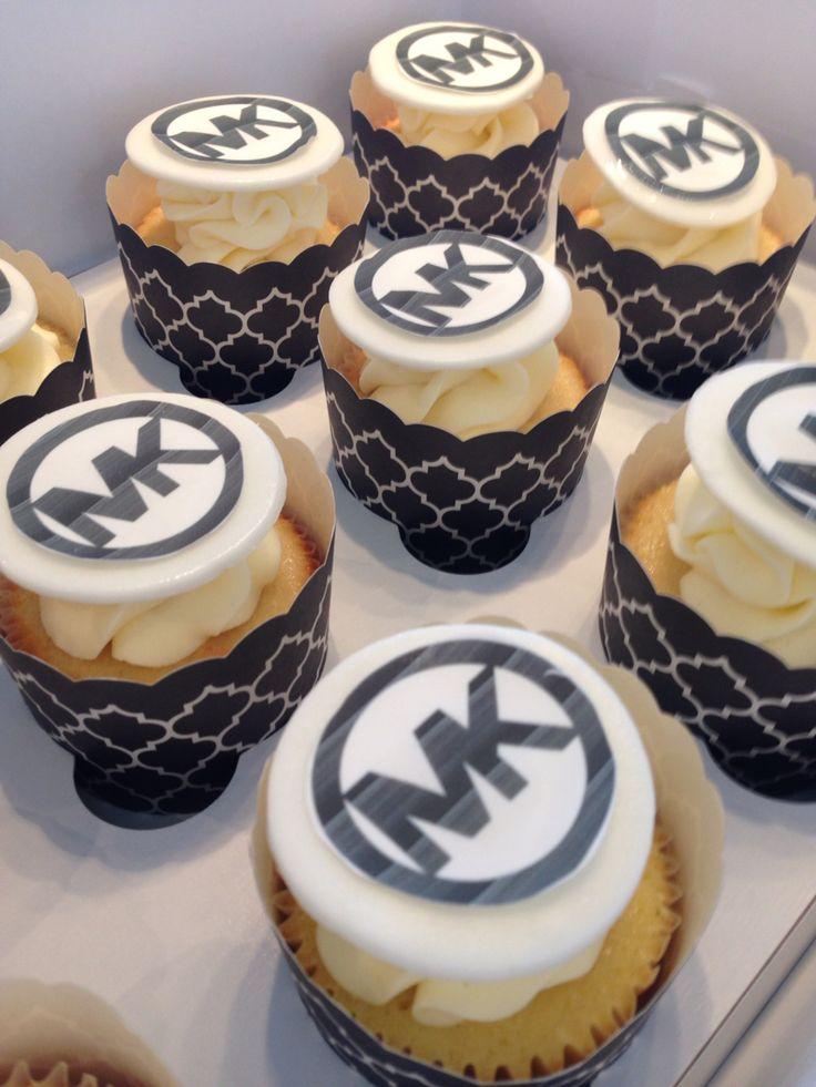 Best 25+ Michael kors cake ideas on Pinterest Beige ...
