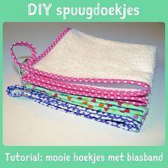 DIY spuugdoekjes biaisband in de hoek naaien