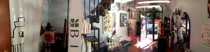Piccolo e accogliente salone di acconciature uomo - donna - bambino/a a Torino, in Corso Racconigi 140/C, vicino Piazza Robilant