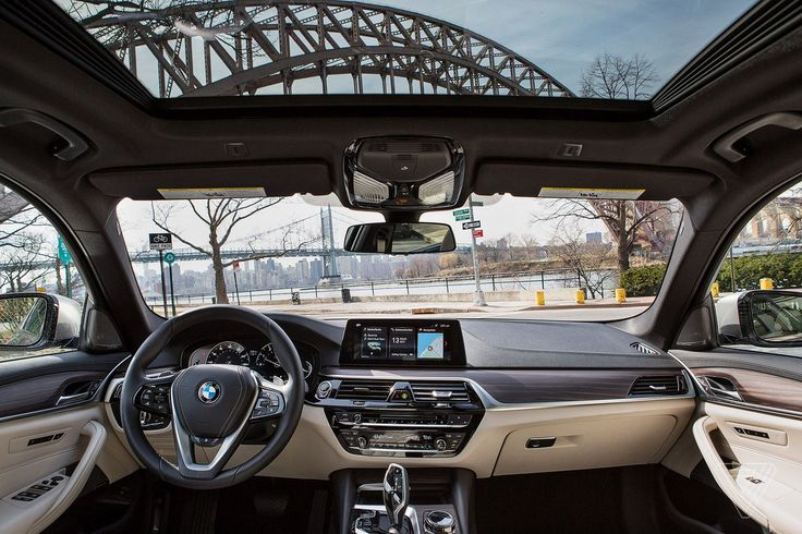 Ashley CarmanCuenta verificada @ashleyrcarman  5 hHace 5 horas  Más   another car review! this time i checked out the new bmw 5 series http://www.theverge.com/2017/4/3/15123170/bmw-520i-2017-5-series-review?utm_campaign=ashleyrcarman&utm_content=chorus&utm_medium=social&utm_source=twitter …