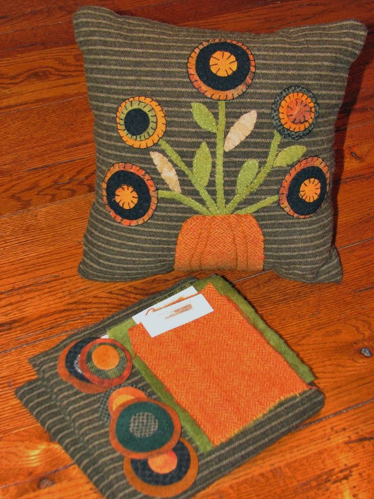 470 Best Penny Rug Crafts Images On Pinterest Embroidery