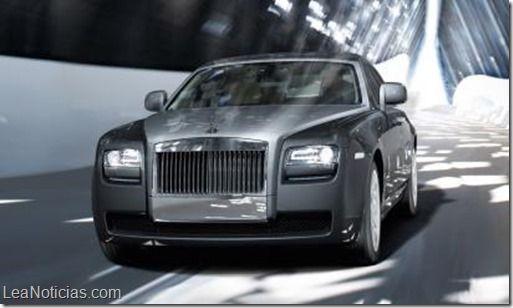 Rolls-Royce eliminará 2.600 puestos de trabajo en los próximos 18 meses - http://www.leanoticias.com/2014/11/04/rolls-royce-eliminara-2-600-puestos-de-trabajo-en-los-proximos-18-meses/