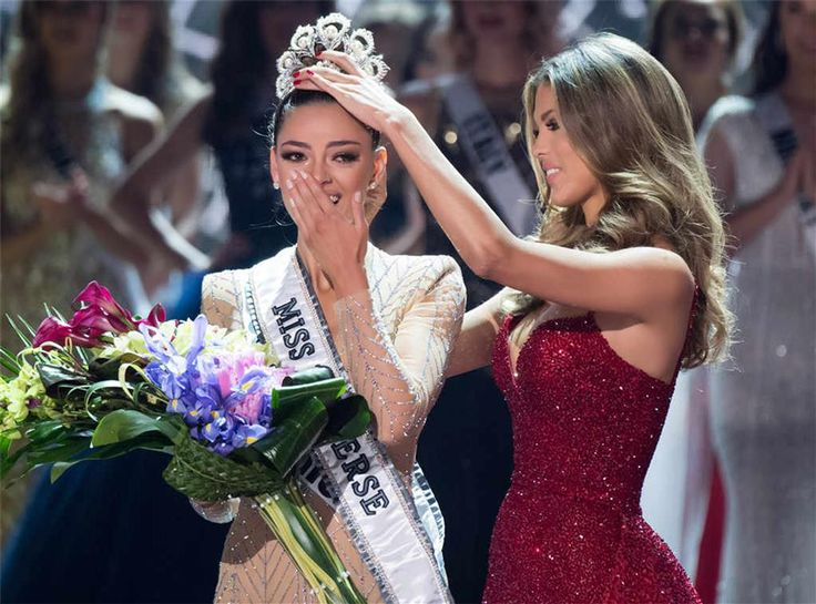 Miss South Africa Demi-Leigh Nel-Peters has been crowned Miss Universe 2017 Demi-Leigh Nel-Peters (born 28 June 1995) is a South African model and beauty qu