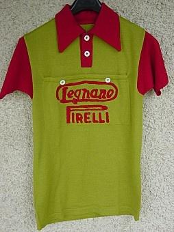 R Maillot LEGNANO Pirelli 48-   I love these old jerseys