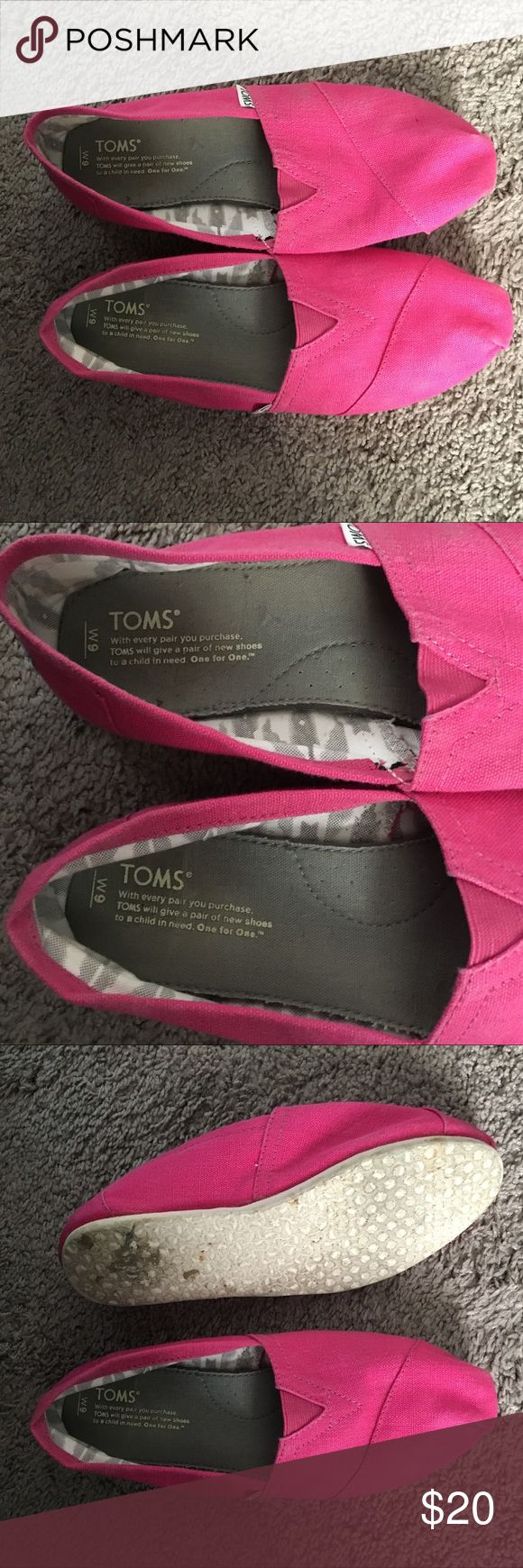 Toms women flat pink size 9 shoes Worn twice. Pink toms shoe size 9 Toms Shoes Flats & Loafers