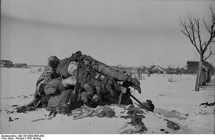 Fallen German soldiers at Cholm. During the course of 105 day long siege, the Wehrmacht tried to break through into the pocket to relieve it on three different occasions. The first two failed and the third finally broke through. Of the 5,500 Germans initially in the pocket at the start of the siege just 1,200 remained. #war #history #vintage #retro #guns #gun #ww2 #40s #tank #tanks #1940s #military #battle #warrior #warriors #combat #campaign #battles #wwii #worldwartwo