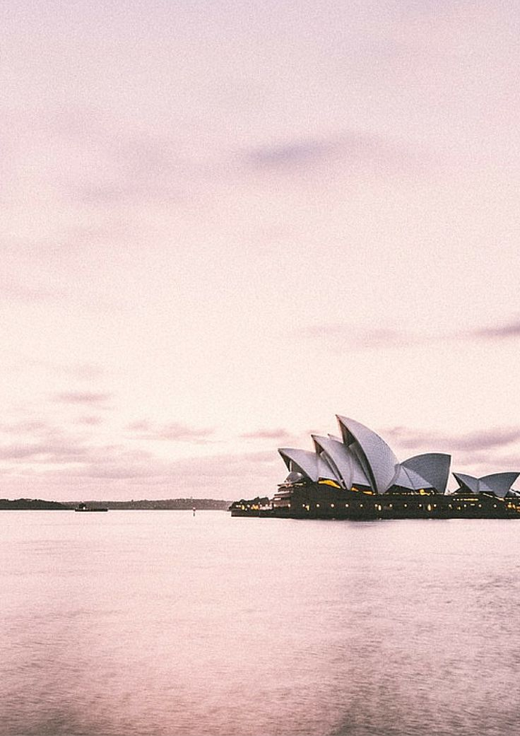An insiders guide to the most amazing city in the world +Sydney. Some great must- do things if you are planning to visit this city (which I think you should)