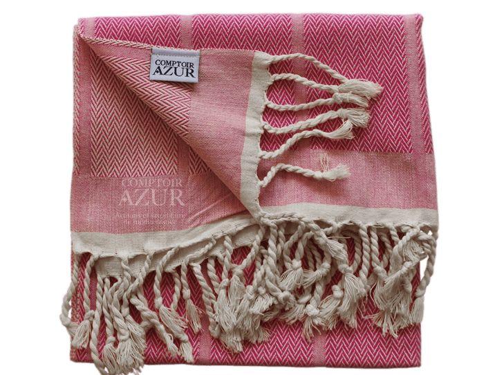 Petite fouta rose vif chevrons : utilisez-la en serviette de toilette dans la salle de bain, ou, en cuisine, en tant qu'essuie-main ou torchon.