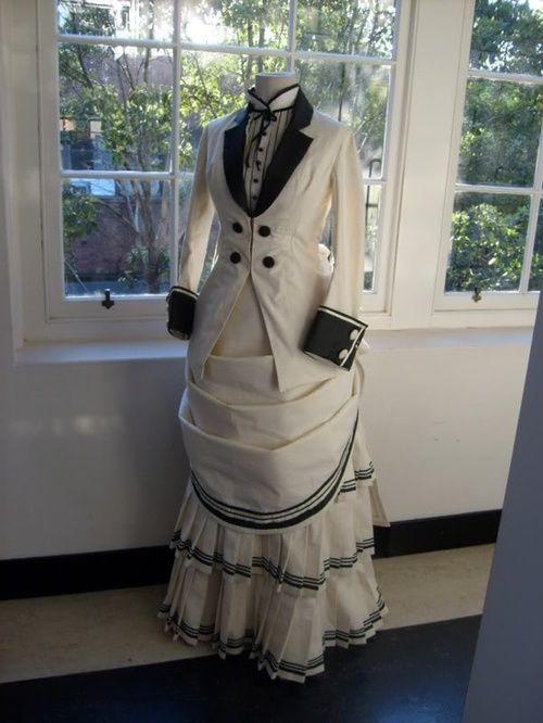 1870s walking dress. Love the style.