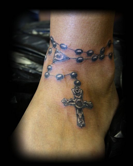 Tatuajes-de-rosarios-12.jpg (514×640)