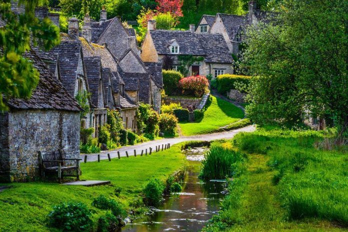 20 Most Beautiful Towns In Europe Every Tourist Need To Visit At Least One Living Nomads Travel Tips Guides News Information England Countryside Cotswolds England England Tourism