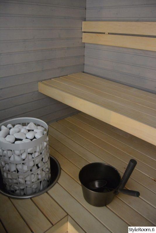 sauna,kiuas,kiuaskivet,saunan lauteet