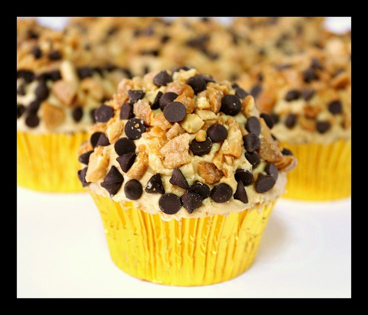 Chocolate Peanut Butter Crunch Cupcakes: Sweet Things, Chocolates Peanut Butter, Peanut Butter Muffins, Recipes Sweet, Food Wandering, Cupcakes Recipes, Things Delicious, Butter Crunches, Crunches Cupcakes