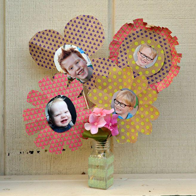 DIY Craft Tutorial: Easy Keepsake Photo Bouquet For Mother