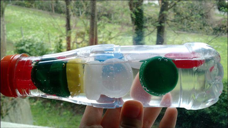 J'ai un petit sac où je stocke les bouchons des bouteilles vides que je jette à la poubelle. Je me dis qu'il y aura toujours [...]