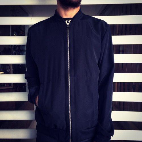 Siguen los días grises y de lluvia en todo el país. Nuevas spring bomber jackets disponibles en nuestra tienda. #belikepardo (at Pardo)